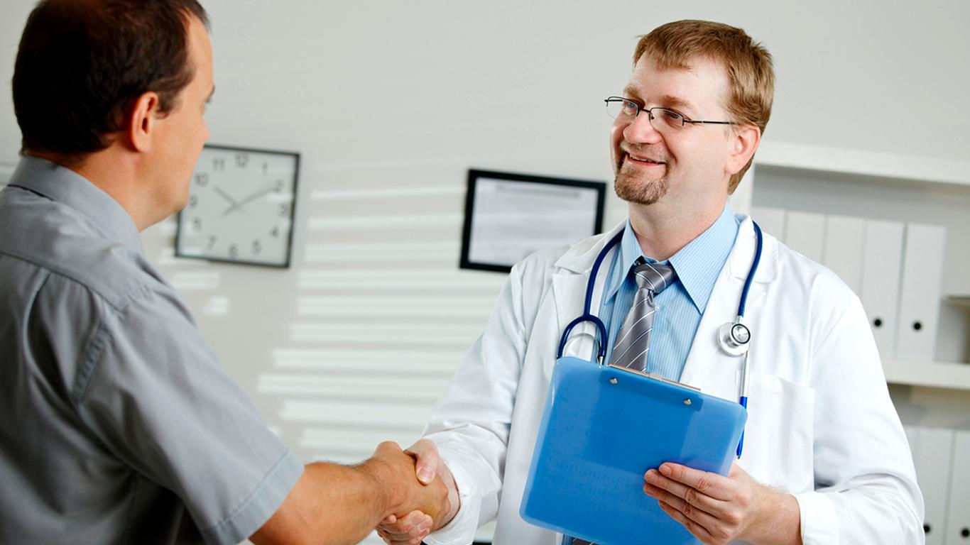 Visando melhor custo-benefício ao paciente, Central da Saúde é referência em atendimento domiciliar particular de saúde